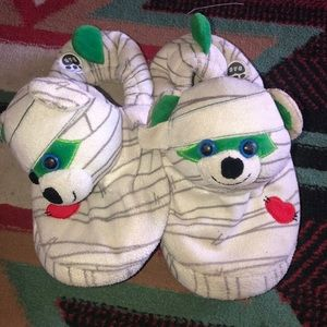 NEW Build A Bear Shoes Red House Slippers Shoes Holiday NWT